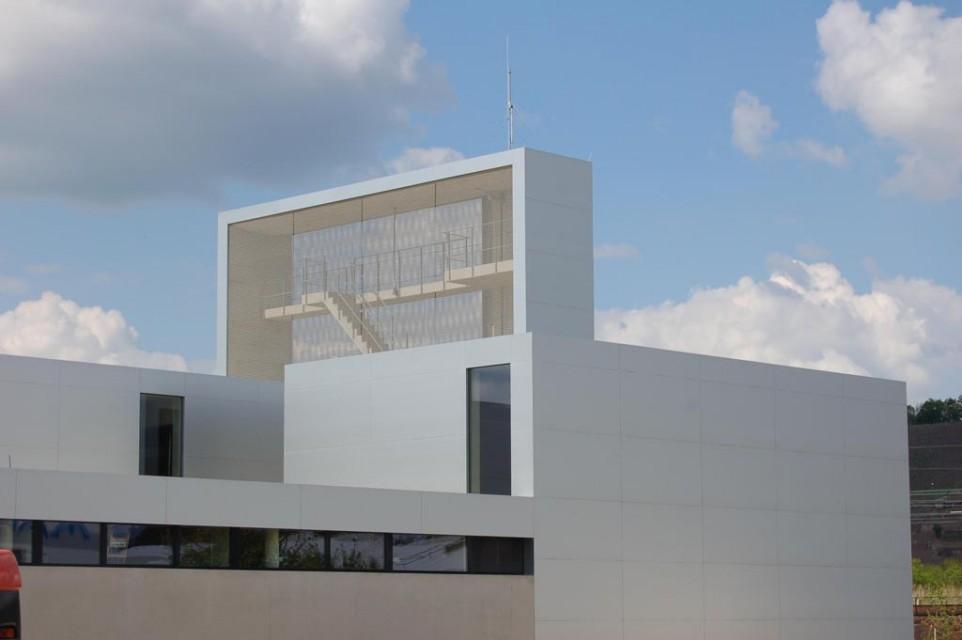 Neubau rettungszentrum radebeul liedert - Architekt radebeul ...